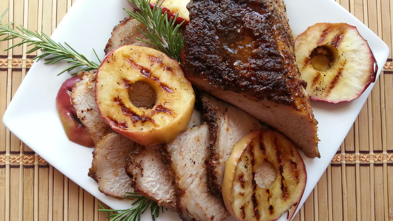 Pork Tenderloin with Grilled Apples