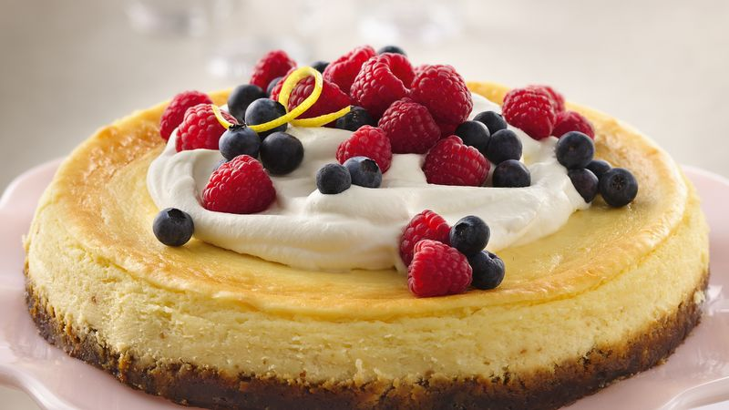 Lemon Cheesecake with Fresh Berry Topping