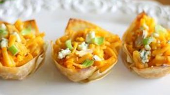 Buffalo Chicken Mac and Cheese Cupcakes