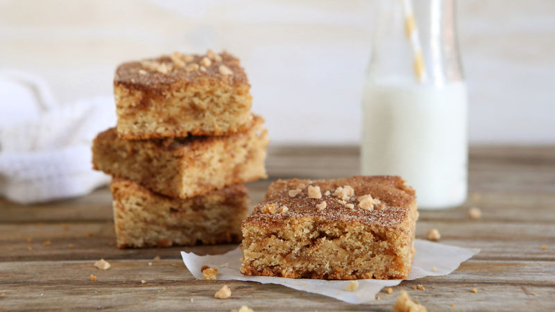 Cinnamon-Toffee Blondies