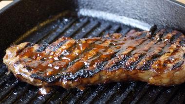 Chipotle-Mango Sirloin Steaks