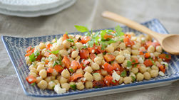Roasted Red Pepper and Chickpea Salad