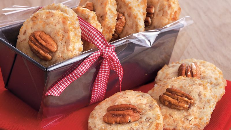Maple Pecan Shortbread recipe from Betty Crocker
