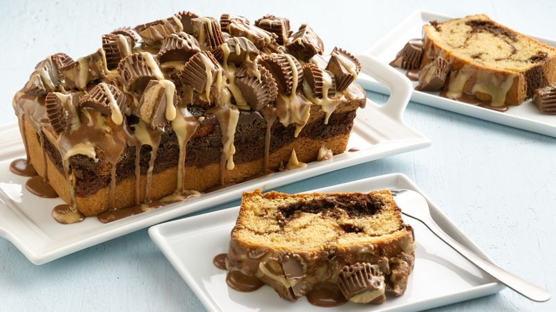 Peanut Butter Lovers Swirl Cakes