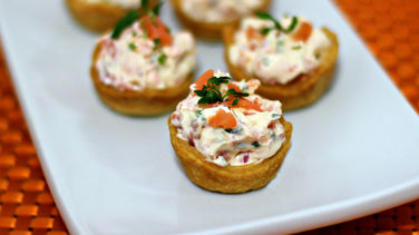 Canapés Filled with Smoked Salmon Salad