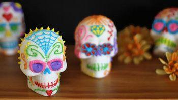 How to Make Sugar Skulls (Calavera de Azúcar)