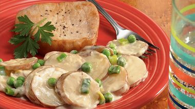 Potatoes Alfredo with Garden Peas