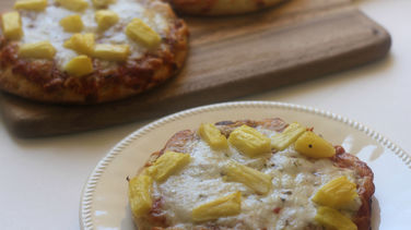 Mini Pizzas Hawaianas