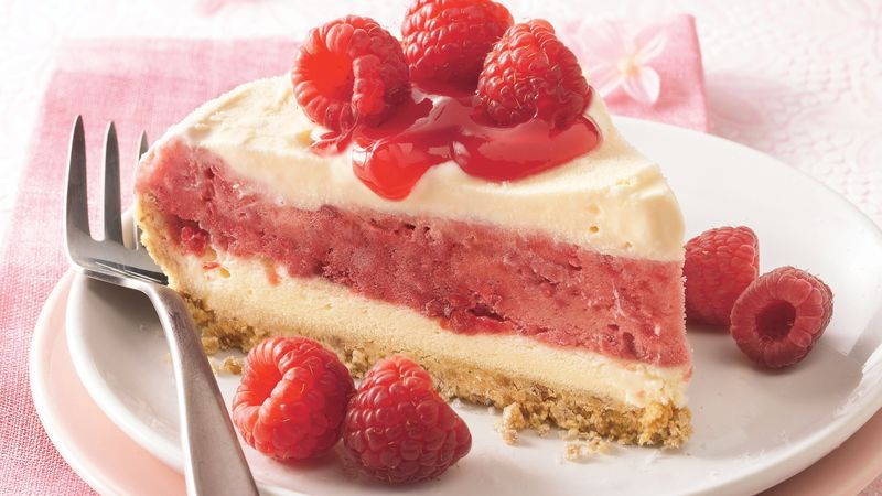 Berry Ice Cream Pie