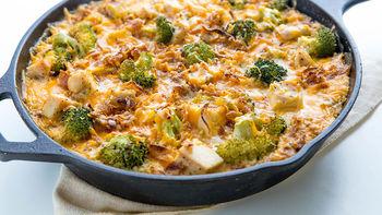 Cheesy Chicken and Broccoli Quinoa Skillet
