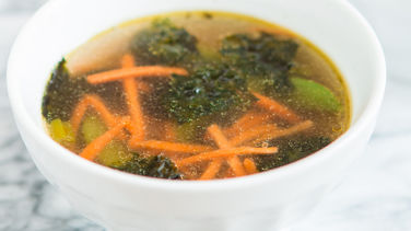 Easy Seaweed and Vegetable Soup