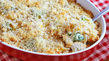 Cheesy Chicken Noodle Casserole