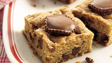 Reese's™ Peanut Butter Cup-Stuffed Brownies
