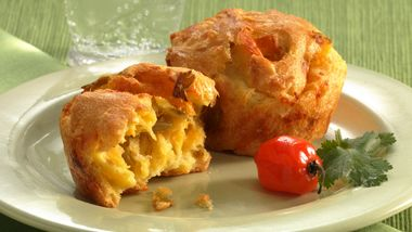 Chiles Rellenos Puffs