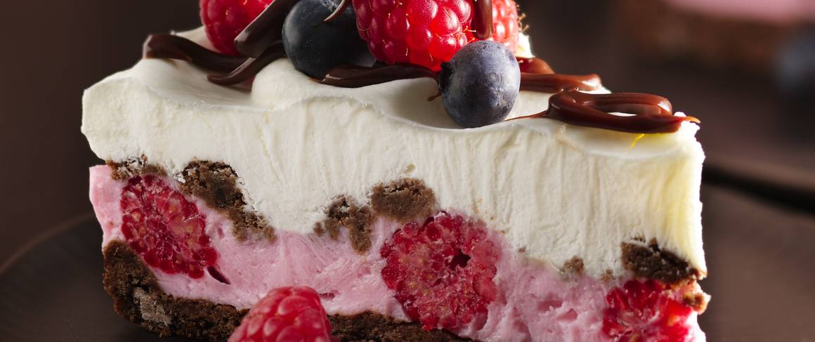 Chocolate and Berries Yogurt Dessert recipe from Betty Crocker