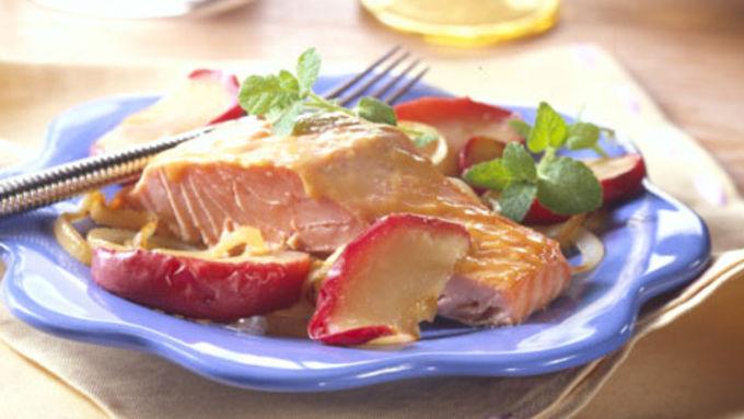 Glazed Salmon with Apples