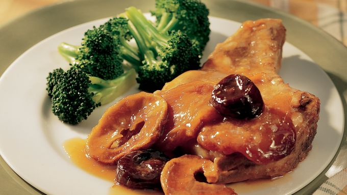 Pork Chops with Mixed Dried Fruit