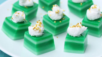 Green Ombre Jello Shots