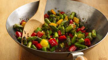 Asparagus-Pepper Stir-Fry