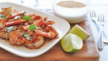 Potato-Crusted Shrimp with Chipotle Dipping Sauce