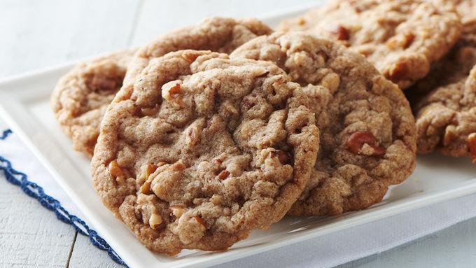 Cinnamon-Toffee Pecan Cookies