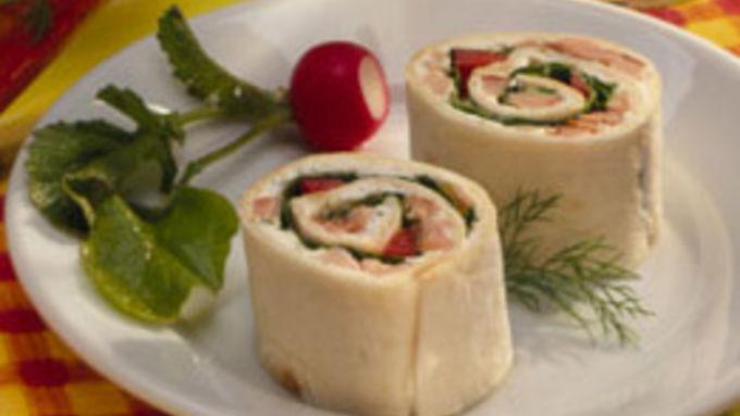 Salmon-Spinach Pinwheels