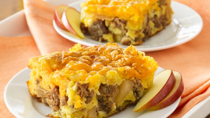 Apple-Sausage-Cheddar Breakfast Bake