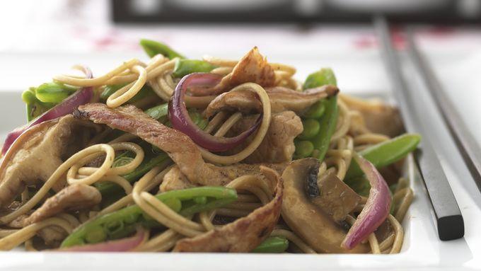 Skinny Teriyaki Pork and Mushroom Lo Mein