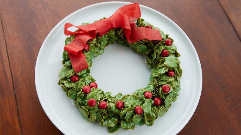 Marshmallow Christmas Wreath Cookie Cake