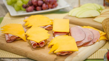 Open Face Apple, Ham and Cheddar Cheese Sandwiches