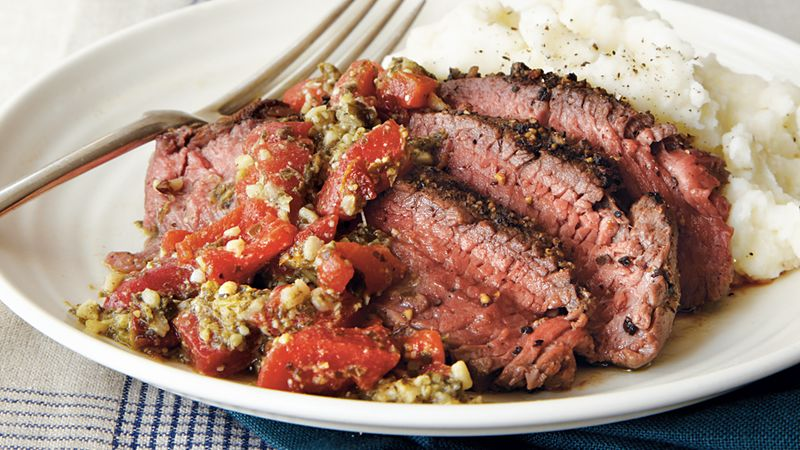 Pepper Steak with Roasted Red Pepper Pesto