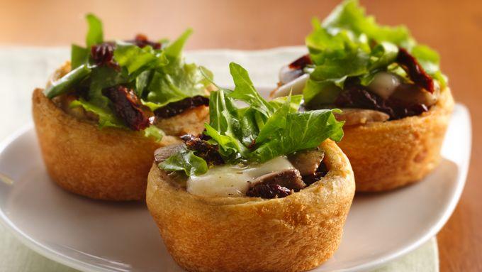 Mushroom-Mozzarella Appetizer Cups