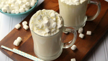 Slow-Cooker White Chocolate Hot Cocoa
