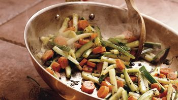 Herbed Carrots and Zucchini