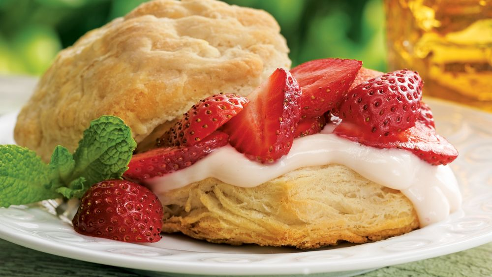 Strawberry-Custard Shortcakes