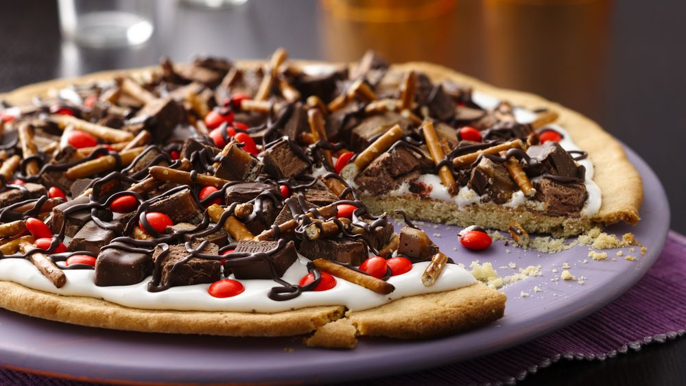 Halloween Candy Cookie Pizza