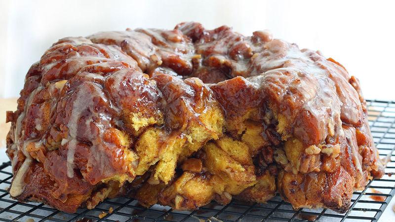Pumpkin-Cinnamon Roll Monkey Bread