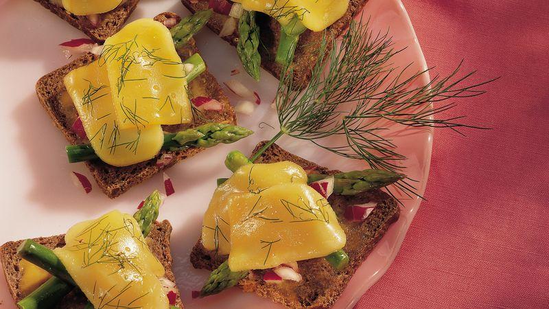 Roasted Asparagus and Gouda Canapés