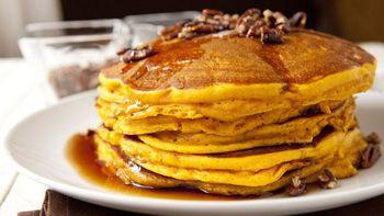 Pecan and Pumpkin Pie Pancakes