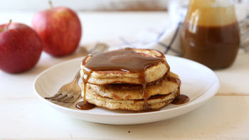 Caramel-Apple Pancakes