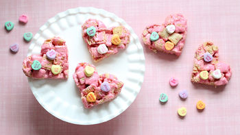 Heart-Shaped Vanilla Chex™ Treats
