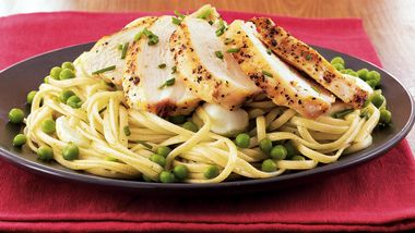 Minty Linguine with Grilled Chicken