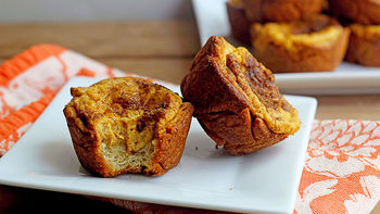 Pumpkin-Cream Cheese Muffins