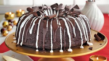 Hot Chocolate Bundt Cake