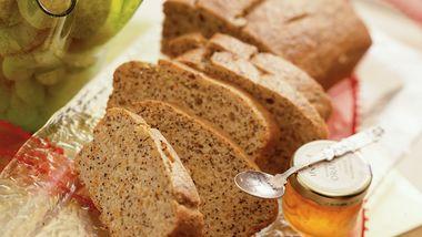 Eggnog-Poppy Seed Bread