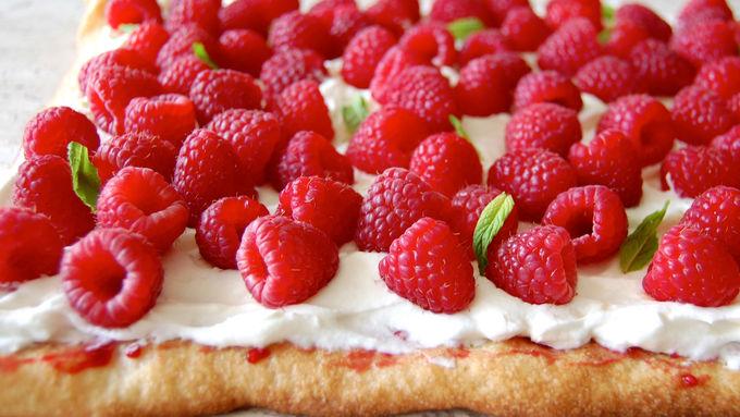 Raspberry and Meringue Flatbread
