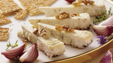 Gorgonzola Cheesecake with Toasted Walnuts