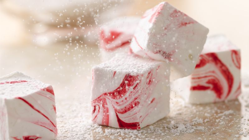 Easy Peppermint Marshmallows