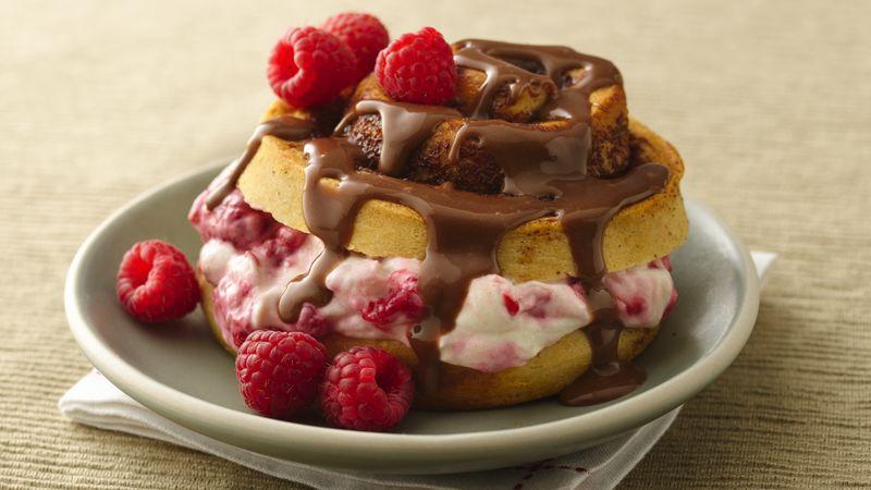 Chocolate Raspberry Cream Cinnamon Rolls