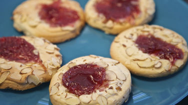 Almond Strawberry Shortbread Cookies